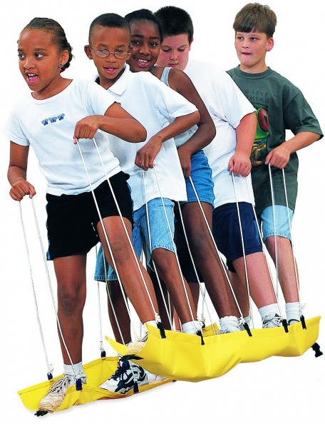 Matériel de skis d'équipe de coopération en plastique souple, jeu de skis coopératifs pour enfants