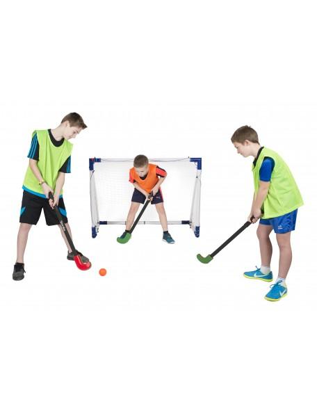 Kit de hockey sur gazon pour les jeux sportifs collectifs des enfants. Crosses de Hockey sur gazon de marque Spordas.