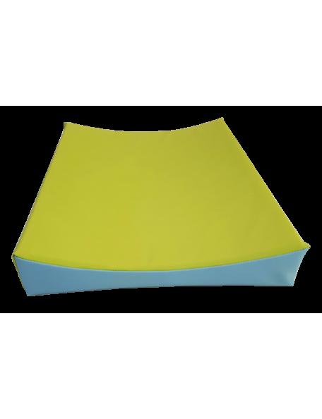 Tapis à langer Sarneige pour bébé en crèche, surface lavable, robuste et conforme à la norme NFS 54-300