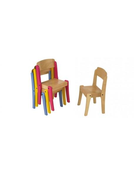 Chaises empilables en bois
